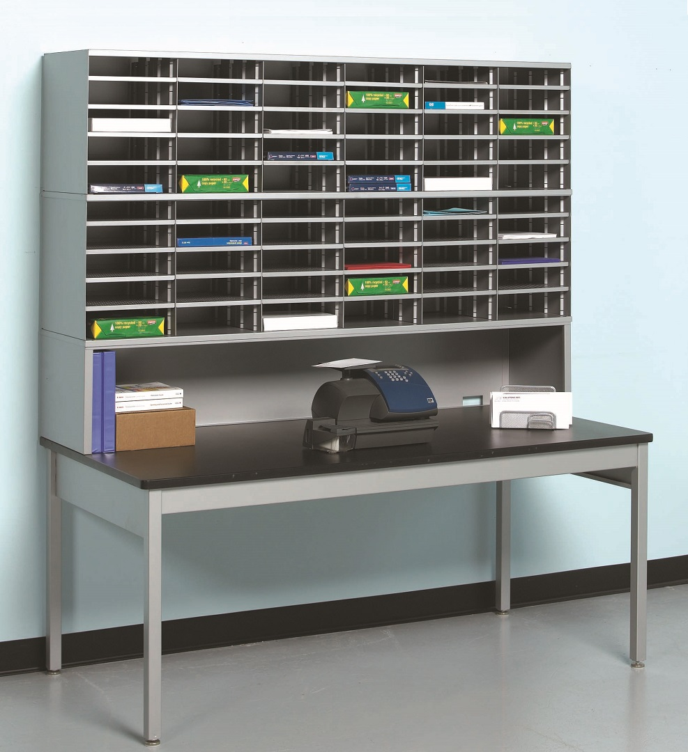 Mail Sorting Table